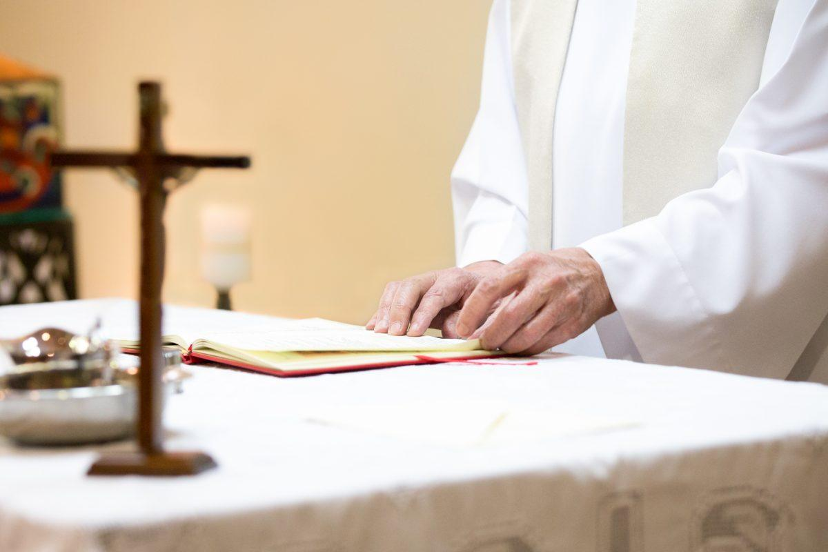 More Church Scandal: Nearly 400 Illinois Priests, Deacons Accused of Sexual Misconduct