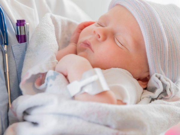 cop baby addicted heroin adoption
