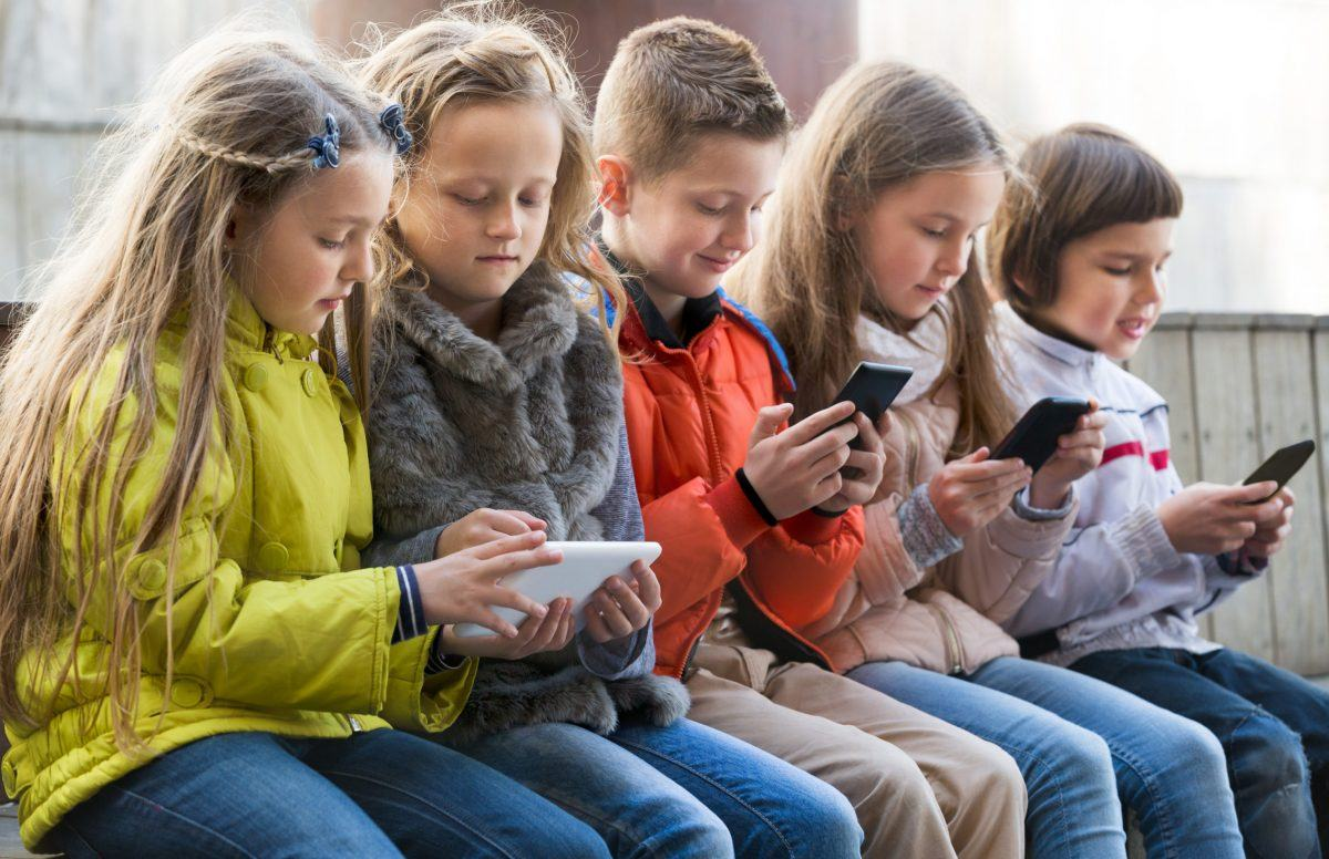 How to Win the War Against Social Media's Battle for Your Kids