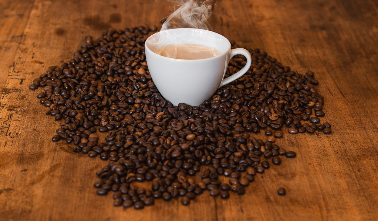 California Democrat Wants Coffee in New York, Won't Go Inside Trump Tower to Get It