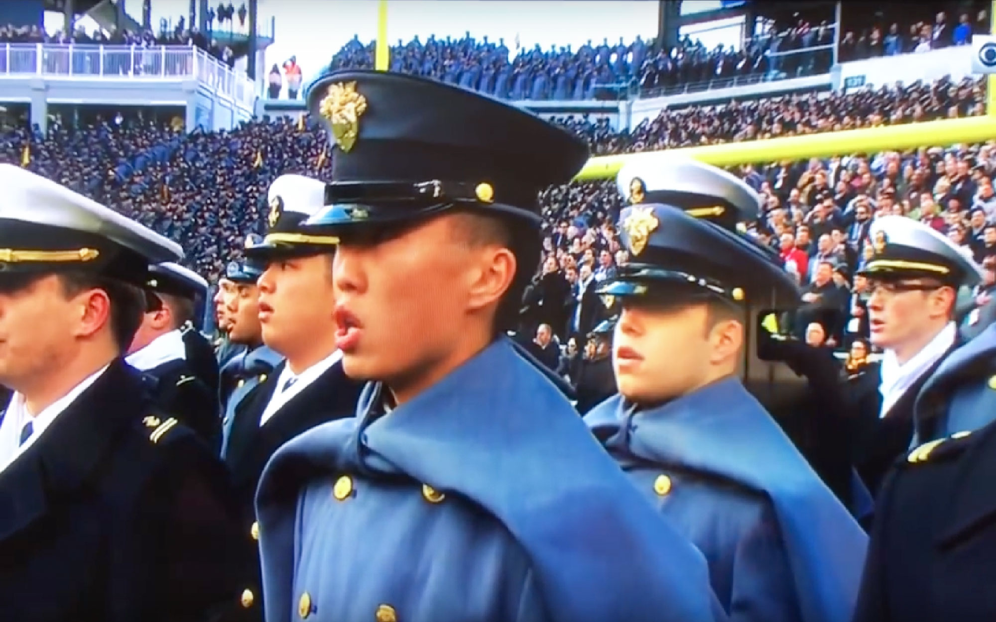 At Army-Navy Game, a National Anthem Rendition That Put the Kneelers to Shame