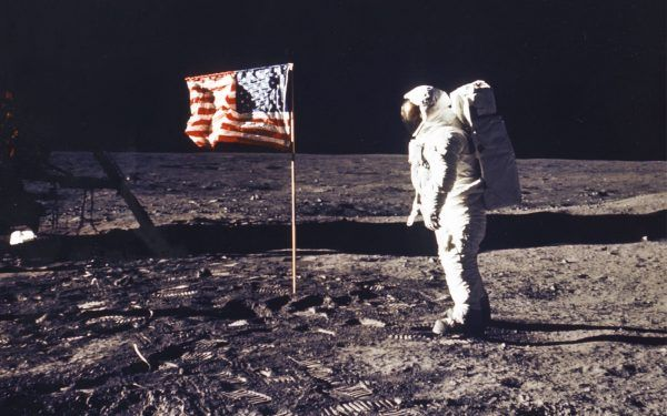 Neil-Armstrong-on-moon